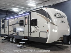 New 2017  Keystone Cougar XLite 31SQB by Keystone from TerryTown RV Superstore in Grand Rapids, MI