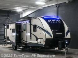 New 2017  CrossRoads Sunset Trail Grand Reserve 26SI by CrossRoads from TerryTown RV Superstore in Grand Rapids, MI