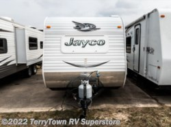 Used 2015  Jayco Jay Flight SLX 165RB by Jayco from TerryTown RV Superstore in Grand Rapids, MI