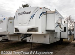 Used 2011  Forest River Wildcat 322RK by Forest River from TerryTown RV Superstore in Grand Rapids, MI