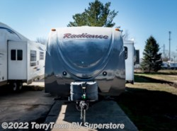 Used 2014  Cruiser RV Radiance 26KISL by Cruiser RV from TerryTown RV Superstore in Grand Rapids, MI