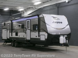 New 2018  Jayco Jay Flight 32BHDS by Jayco from TerryTown RV Superstore in Grand Rapids, MI