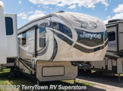 Used 2015  Jayco Pinnacle 36RSQS by Jayco from TerryTown RV Superstore in Grand Rapids, MI