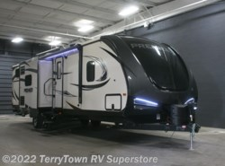 New 2018  Keystone Premier 34BHPR by Keystone from TerryTown RV Superstore in Grand Rapids, MI