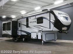 New 2018  Keystone Avalanche 365MB by Keystone from TerryTown RV Superstore in Grand Rapids, MI