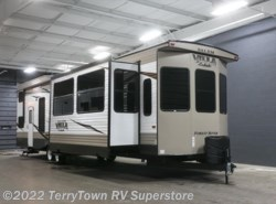 New 2018  Forest River Salem Villa Estate 4092BFL by Forest River from TerryTown RV Superstore in Grand Rapids, MI