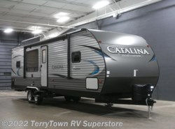 New 2018  Coachmen Catalina Legacy Edition 283RKS by Coachmen from TerryTown RV Superstore in Grand Rapids, MI