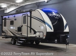 New 2018  CrossRoads Sunset Trail Super Lite 200RD by CrossRoads from TerryTown RV Superstore in Grand Rapids, MI