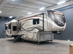 New 2018  Jayco Pinnacle 37RSTS by Jayco from TerryTown RV Superstore in Grand Rapids, MI