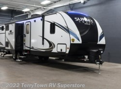 New 2018  CrossRoads Sunset Trail Super Lite 331BH by CrossRoads from TerryTown RV Superstore in Grand Rapids, MI