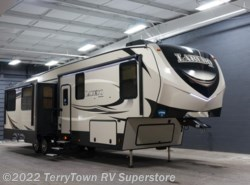 New 2018  Keystone Laredo 367BH by Keystone from TerryTown RV Superstore in Grand Rapids, MI