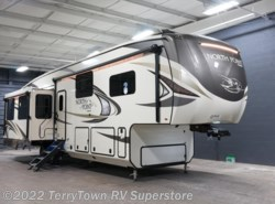 New 2018  Jayco North Point 381DLQS by Jayco from TerryTown RV Superstore in Grand Rapids, MI