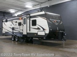 New 2017  Palomino Puma 28DBRS by Palomino from TerryTown RV Superstore in Grand Rapids, MI