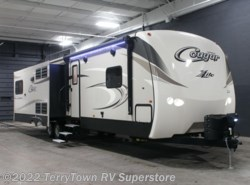New 2017  Keystone Cougar XLite 33SAB by Keystone from TerryTown RV Superstore in Grand Rapids, MI