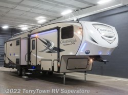 New 2018  Coachmen Chaparral Lite 29BHS by Coachmen from TerryTown RV Superstore in Grand Rapids, MI
