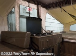New 2018  Forest River Rockwood Freedom 2318G by Forest River from TerryTown RV Superstore in Grand Rapids, MI