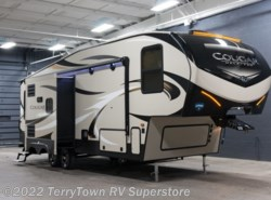 New 2018  Keystone Cougar Half Ton 27RLS by Keystone from TerryTown RV Superstore in Grand Rapids, MI