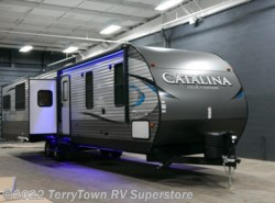 New 2018  Coachmen Catalina Legacy Edition 333RETS by Coachmen from TerryTown RV Superstore in Grand Rapids, MI