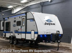 New 2018  Jayco Jay Feather X213 by Jayco from TerryTown RV Superstore in Grand Rapids, MI