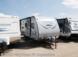 Used 2016  Coachmen Apex Nano 193BHS by Coachmen from TerryTown RV Superstore in Grand Rapids, MI