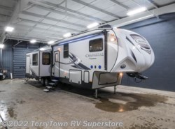 New 2018  Coachmen Chaparral 373MBRB by Coachmen from TerryTown RV Superstore in Grand Rapids, MI