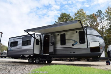 2018 Coachmen Catalina 333RETS Legacy Ed. Rear Entertainment Triple Slide