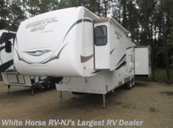 Used 2010  SunnyBrook Bristol Bay 3450TS Queen Bed, Triple Slide-out by SunnyBrook from White Horse RV Center in Egg Harbor City, NJ