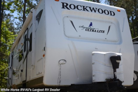 2011 Forest River Rockwood Signature Ultra Lite 8312SS
