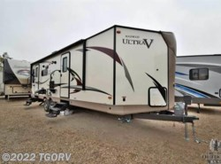 New 2018  Forest River Rockwood Ultra Lite Ultra V 2715VS by Forest River from The Great Outdoors RV in Evans, CO