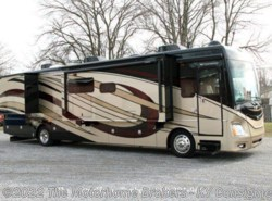 Used 2015  Fleetwood Discovery 40X by Fleetwood from The Motorhome Brokers - KY in Kentucky