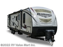 New 2017  Cruiser RV Radiance Ultra Lite R-30DS