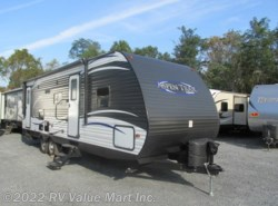 Used 2017  Dutchmen Aspen Trail 2810BHS by Dutchmen from RV Value Mart Inc. in Lititz, PA
