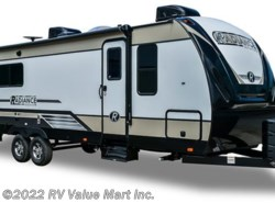 New 2018  Cruiser RV Radiance Ultra Lite R-24BH by Cruiser RV from RV Value Mart Inc. in Lititz, PA
