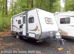 Used 2015  Coachmen Viking  by Coachmen from RV Value Mart Inc. in Lititz, PA