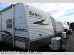Used 2006  Forest River Salem M-27BH by Forest River from RV Value Mart Inc. in Lititz, PA