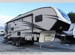 New 2018  CrossRoads Cruiser Aire CR25RL by CrossRoads from RV Value Mart Inc. in Lititz, PA