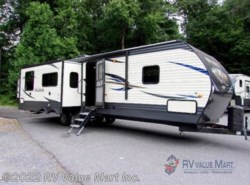 New 2019  Palomino Puma 31RKSS by Palomino from RV Value Mart Inc. in Lititz, PA