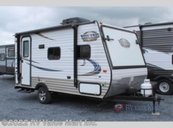 Used 2016 Coachmen Viking Ultra-Lite 16RBD available in Lititz, Pennsylvania