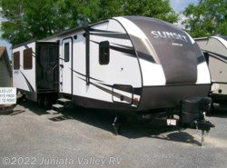 New 2017  CrossRoads Sunset Trail 322BH by CrossRoads from Juniata Valley RV in Mifflintown, PA