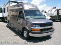 Used 2010  Leisure Travel Free Flight  by Leisure Travel from Juniata Valley RV in Mifflintown, PA