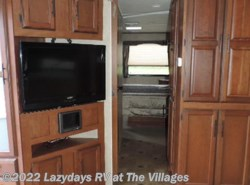 Used 2012  Winnebago  SUNNYBROOK 3121FK by Winnebago from Alliance Coach in Wildwood, FL