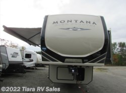 New 2018  Keystone Montana High Country 331RL by Keystone from Tiara RV Sales in Elkhart, IN