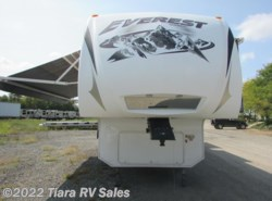 Used 2008  Keystone Everest 348R by Keystone from Tiara RV Sales in Elkhart, IN