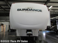 Used 2007  Heartland RV Sundance 3200BH by Heartland RV from Tiara RV Sales in Elkhart, IN