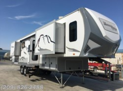 Used 2015  Open Range Mesa Ridge 346FLR