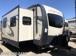 New 2019 Forest River Rockwood Signature Ultra Lite 8324BS available in Los Banos, California