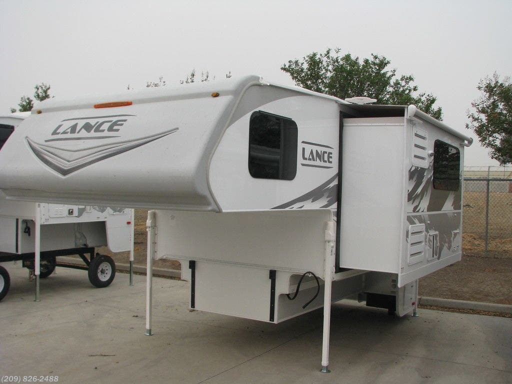 2021 Lance 8' Long Bed 975