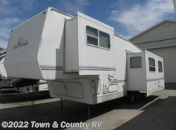 Used 2000  Four Winds  30RK by Four Winds from Town & Country RV in Clyde, OH