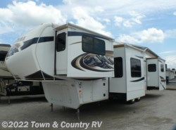Used 2011  Keystone Montana 3750FL by Keystone from Town & Country RV in Clyde, OH