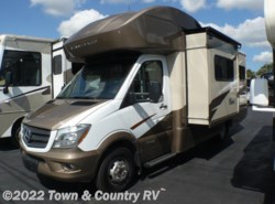 Used 2017  Winnebago View 24G by Winnebago from Town & Country RV in Clyde, OH